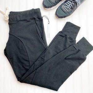 NWT Stillwater Joggers Sweatpants L V310